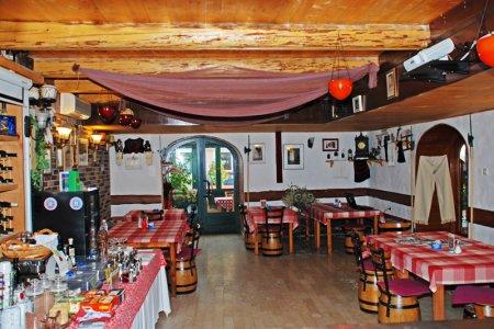 Restoran Ribar Karlobag
