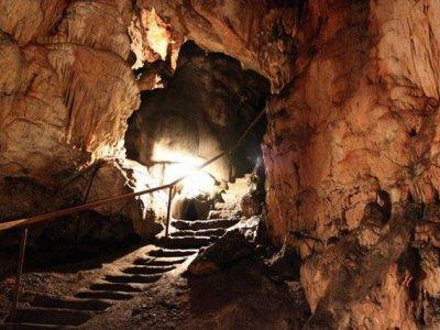 Die Grabovac Höhlekomplex